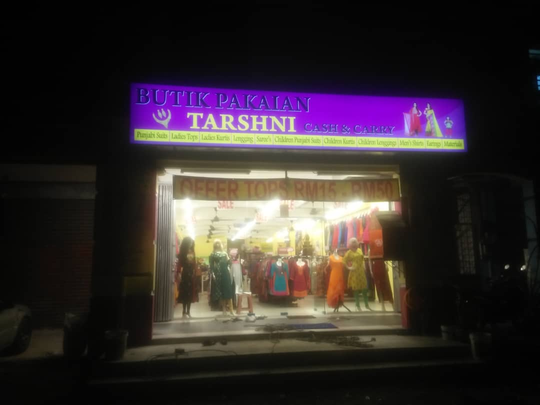 Signboard-Maker---Lightbox-Signage-at-Klang.jpeg